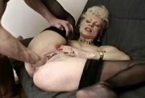 2474 1 210x142 - Vidéo fist fucking anal