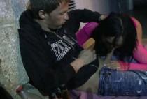 1223 1 210x142 - Sdf sodomise une femme dans les chiotte