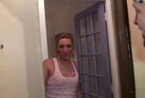 1508 1 210x142 - Vidéo porno d'une blonde double pénétrée