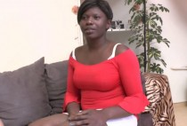 2836 1 210x142 - Femme black fontaine à gros seins !