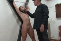 5591 1 210x142 - Démonstration de jeux sexuels