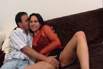 609 1 210x142 - La caméraman baise Monica pendant un casting sexe