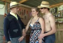 869 1 210x142 - Une femme se fait baiser dans ma cabane par des hommes
